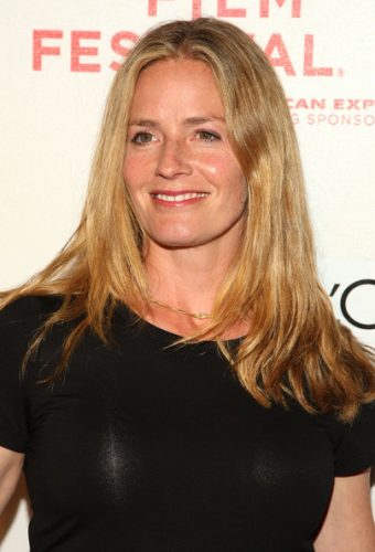 1532e383ff7 Elisabeth Shue Measurements