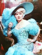 Mae West Bra Size, Wiki, Hot Images