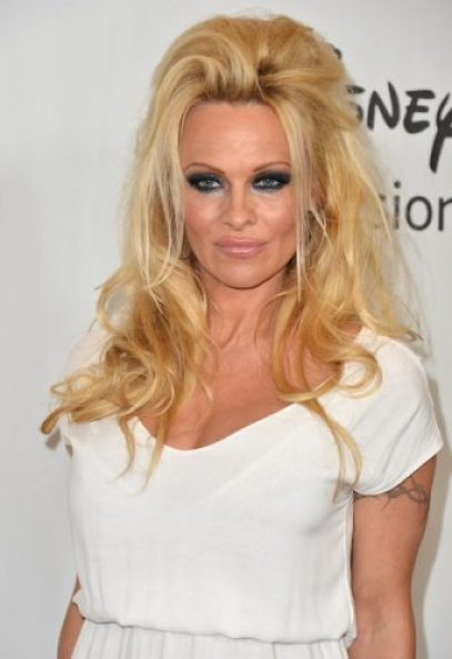 Pamela Anderson height and weight