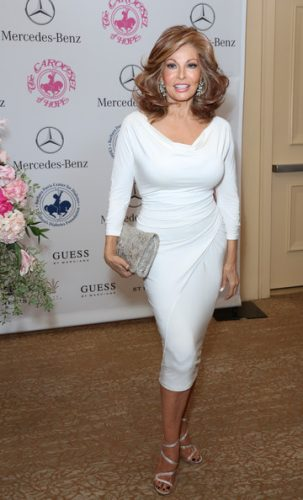 Raquel Welch Measurements Height Weight Bra Size Age Affairs