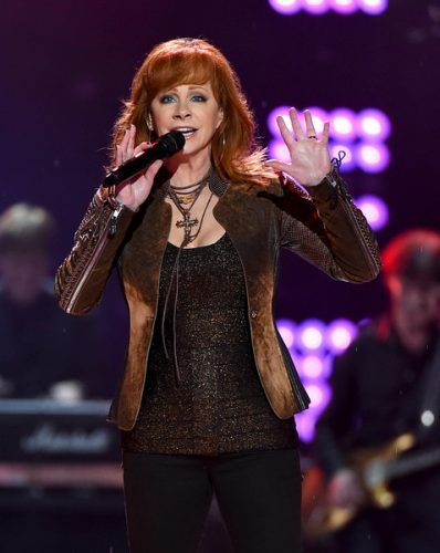 Reba McEntire Measurements, Height, Weight, Bra Size, Age, Wiki