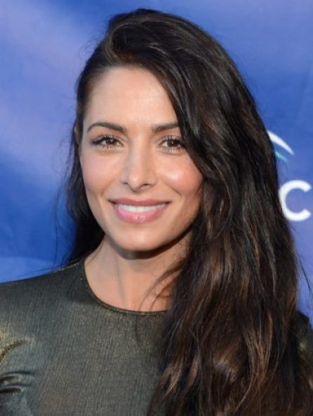 Sarah Shahi height and weight