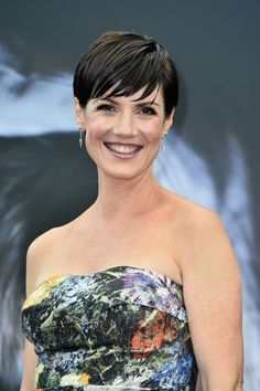 Zoe McLellan height and weight