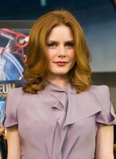 amy-adams-measurements-height-weight-bra-size-age-wiki