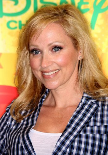 leigh-allyn-baker-measurements-height-weight-bra-size-age-wiki