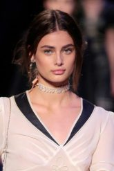 taylor-hill-height-and-weight-2016