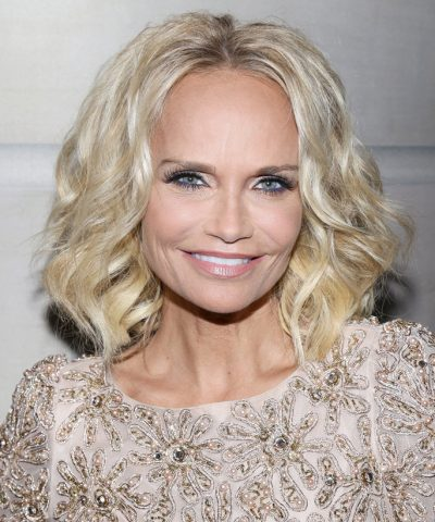 Kristin Chenoweth height and weight 2016