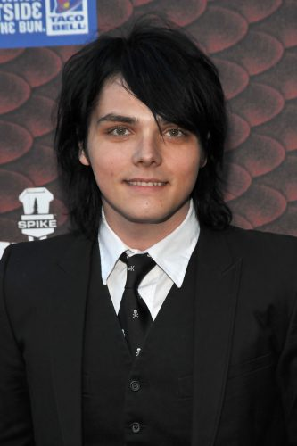 Gerard Way height and weight 2017