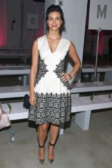 Morena Baccarin Measurements, Height, Weight, Bra Size, Age, Wiki