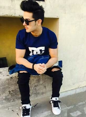 Priyank Sharma girlfriend age biography