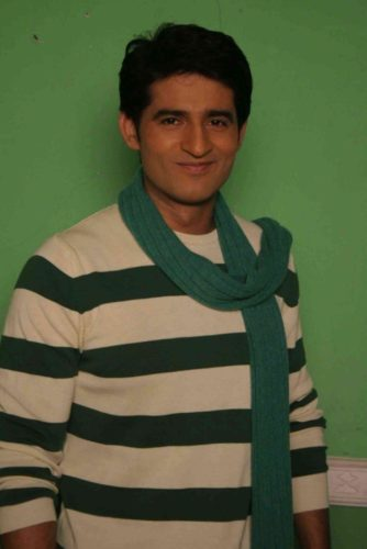Hiten Tejwani Height, Weight, Age, Biceps Size, Body Stats