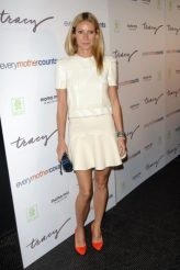 Gwyneth Paltrow height and weight