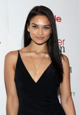 Shanina Shaik height and weight