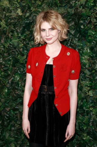 Lucy Boynton height and weight