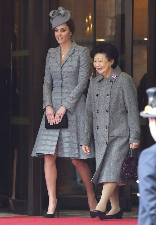 Prince William Amp Kate Welcome Singapore President Celeb
