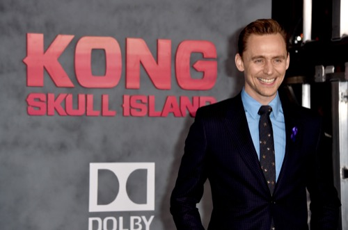Tom Hiddleston Ignores Fans and Media at Comic-Con, Still Embarrassed About Taylor Swift