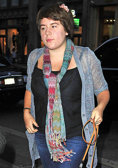 Report Tom Cruise's 19 Year Old Daughter Isabella Cruise