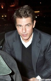 julianne hough and tom cruise desperately