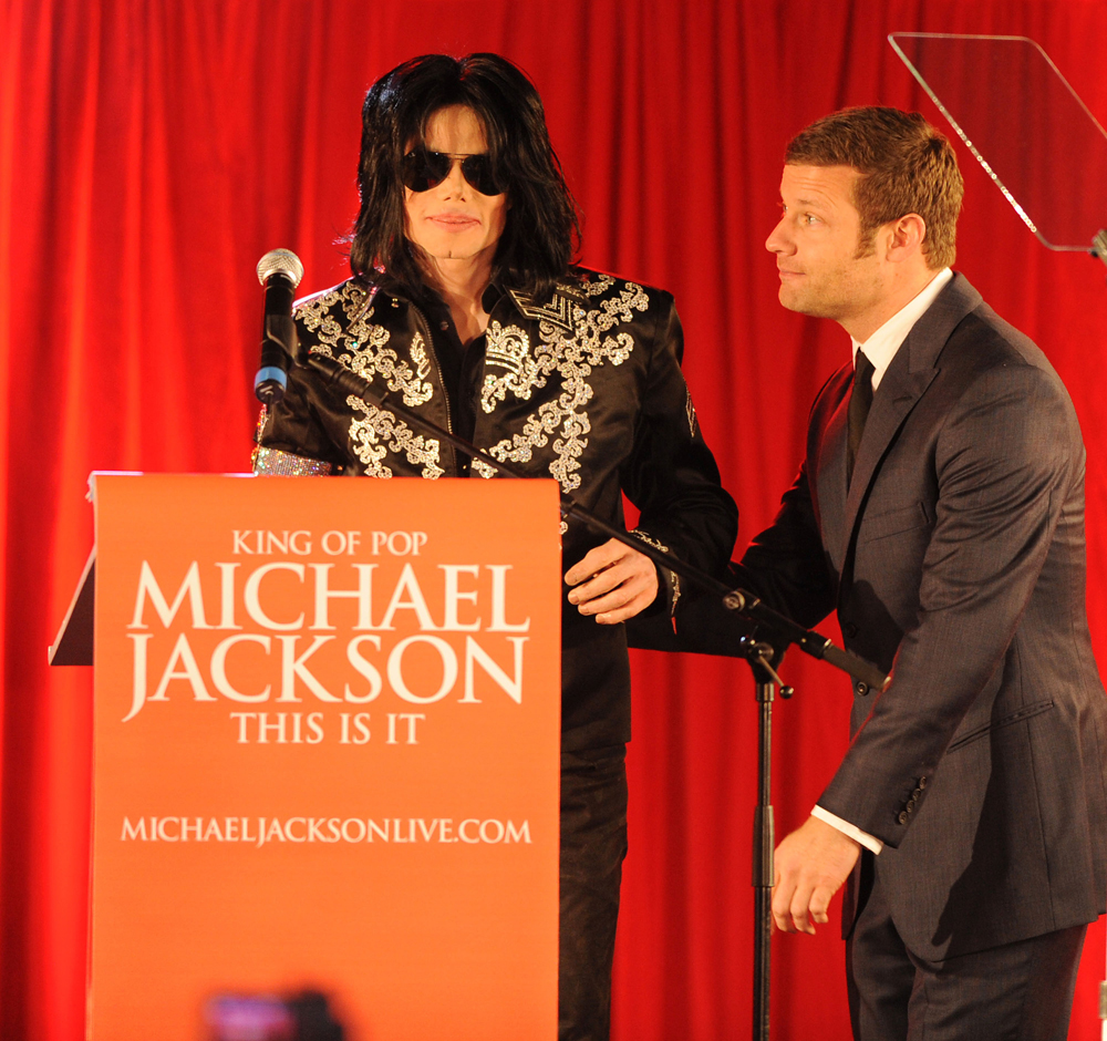 Celebitchy  michael jackson press conference 4 050309