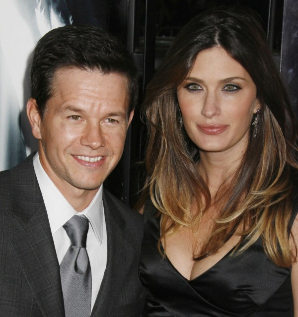 Mark Wahlberg Wife - Video Engine