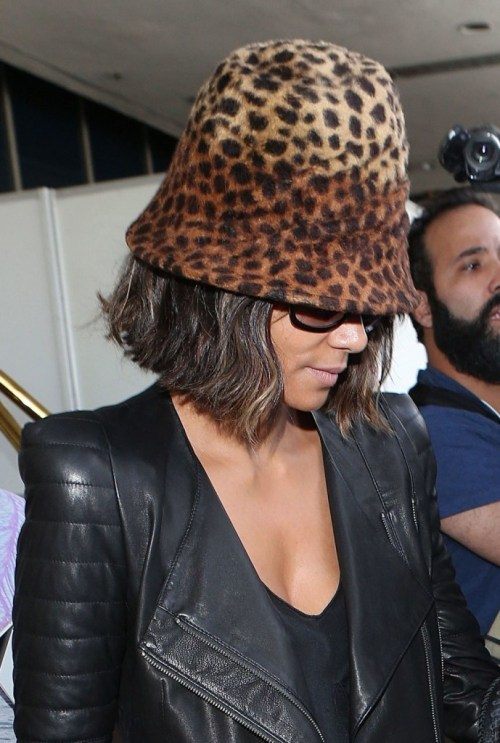 Halle Berry arrives in Los Angeles at LAX