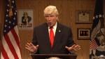 SNL ritorna con lospite Louis CK, più Alec Baldwin che fa Trump & Bill OReilly