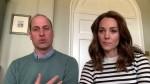 Il principe William e Catherine, la duchessa di Cambridge rivelano come rimangono in contatto con il resto della famiglia reale