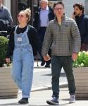 Zach Braff avvistato mano nella mano con una ragazza misteriosa a New York!
