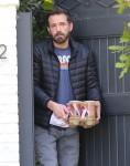 Ben Affleck nella foto mentre prendeva la sua consegna di caffè preferita!