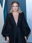 Olivia Wilde partecipa al Vanity Fair Oscar Party presso il Wallis Annenberg Center for the Performing Arts ...