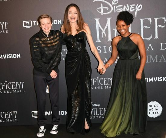 Angelina Jolie con il figlio Shiloh Pitt e la figlia Zahara Pitt durante la prima europea del film 'Maleficent: Mistress of evil', Roma, ITALIA-07-10-2019