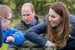 I reali del Duca e della Duchessa di Cambridge visitano il Cheesy Waffles Project,
