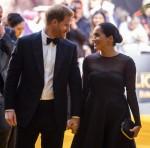 Il Duca e la Duchessa del Sussex alla prima de Il Re Leone Lion