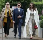 Tom Cruise, Hayley Atwell e Pom Klementieff fanno un'apparizione insieme a Wimbledon a Londra, Regno Unito
