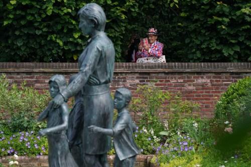 Retro della statua della principessa Diana