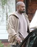Paris Jackson frequenta la chiesa con Kanye West e i Kardashian a Calabasas