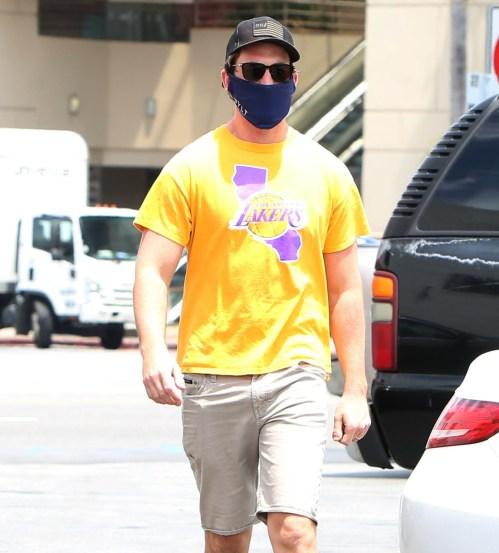 Miles Teller arrives at CVS with a Lakers Kobe t-shirt