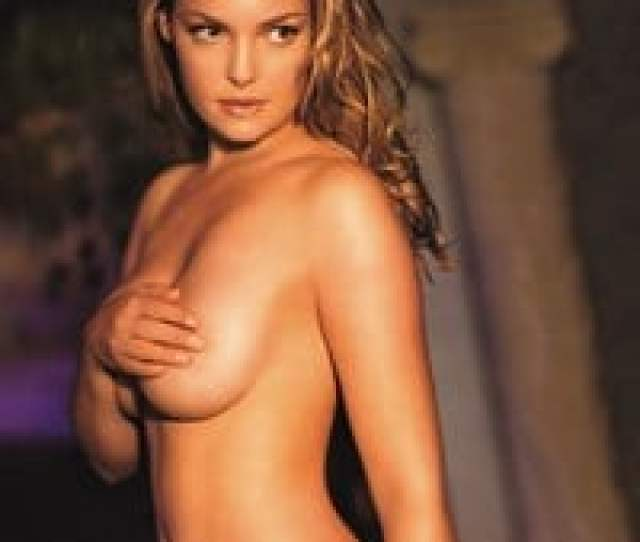For This Weeks Throwback Thursday We Take A Look Back At Greys Anatomy Star Katherine Heigls One And Only Nude Photo Shoot From When She Was Still In