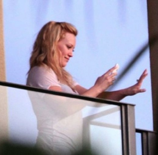 Hilary Duff blowjob