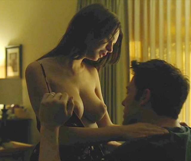 Emily Ratajkowski Nude Gone Girl