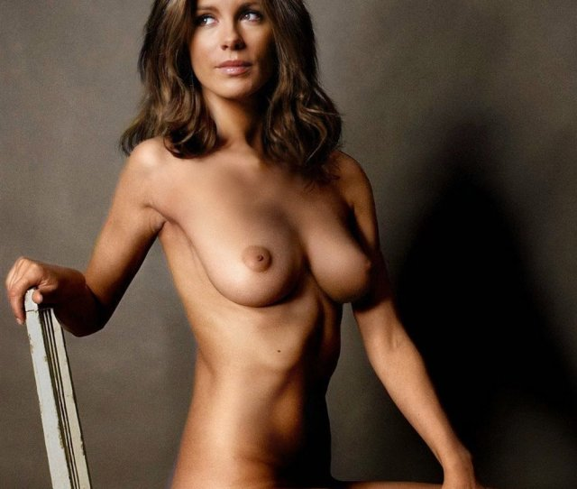 Kate Beckinsale Topless Nude