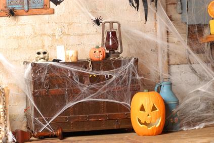 Create a Spooky Corner with Cobwebs
