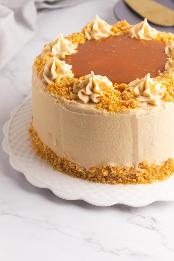 Vanilla coffee layer cake