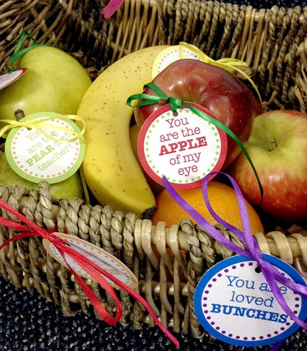 Teacher Appreciation Day Gift Ideas - Fruit Tags with Free Printable Tags
