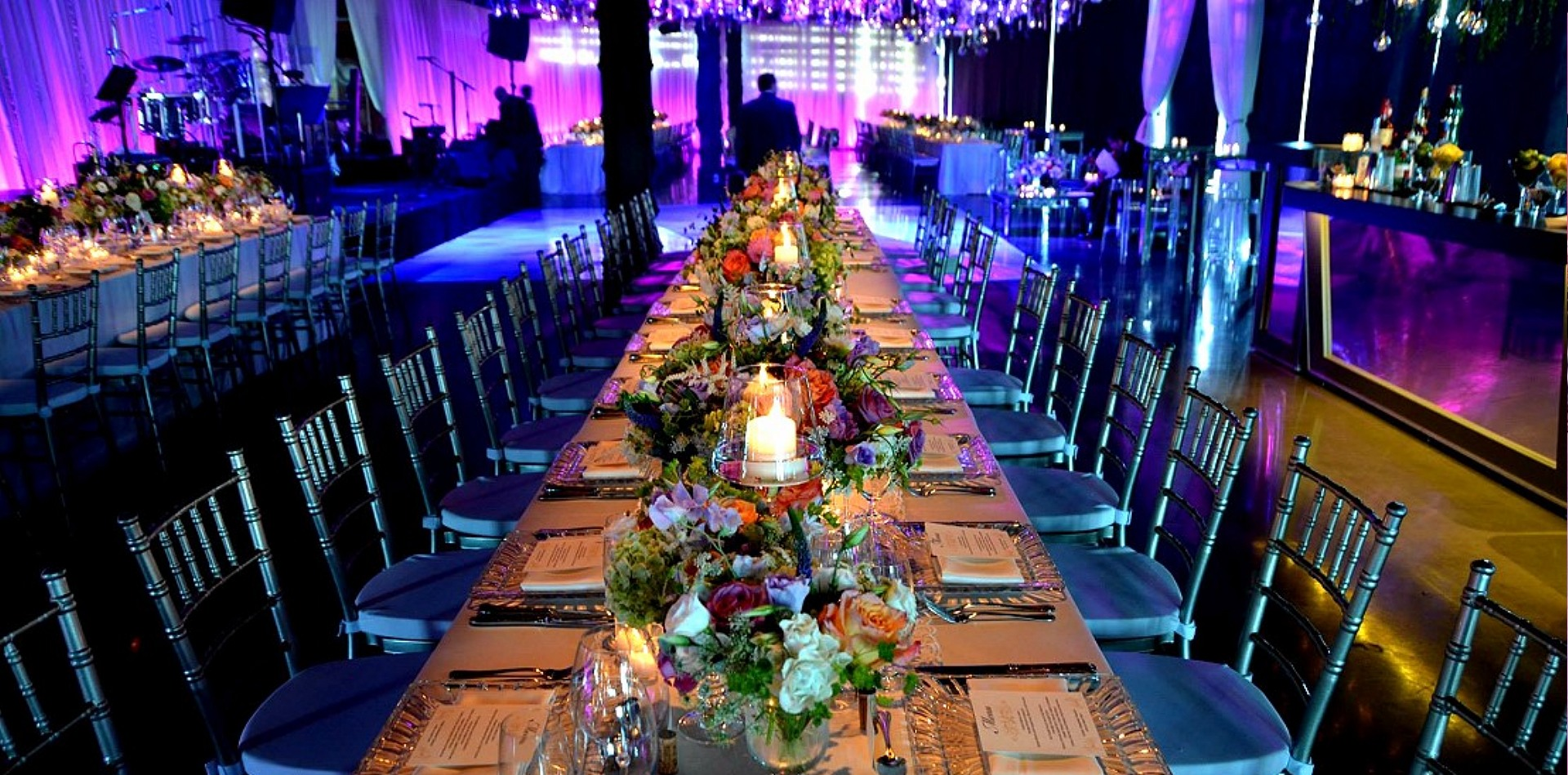 wedding chair covers montreal 2 seater table and chairs outdoor celebrations group