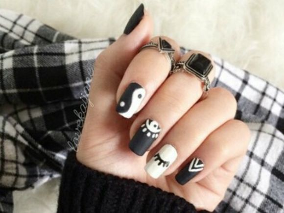 Last Week I Got A Yin Yang Design On One Of My Nails And Fell So In Love Have Ring That Wear Everyday For