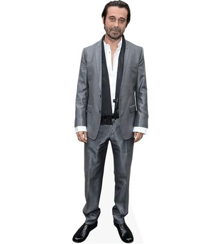 Jordi Mollà (Grey Suit)