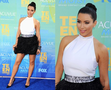 Kim Kardashian wears Givenchy Cocktail Dress with Ostrich Feather Skirt at Teen Choice Awards