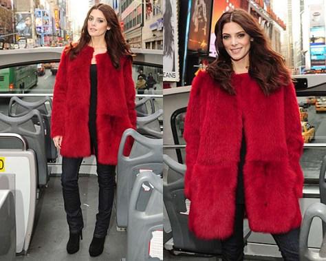 Ashley Greene unveils her DKNY billboard wearing DKNY top to toe