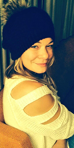 LeAnn Rimes Naked Wardrobe cut-out shoulder knit sweater